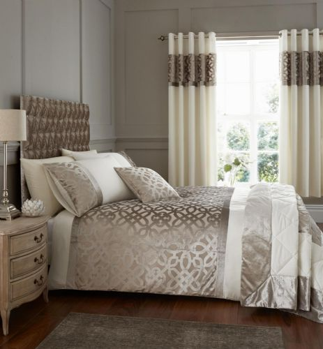 Catherine Lansfield Lattice Cut Velvet Natural Bedding Set